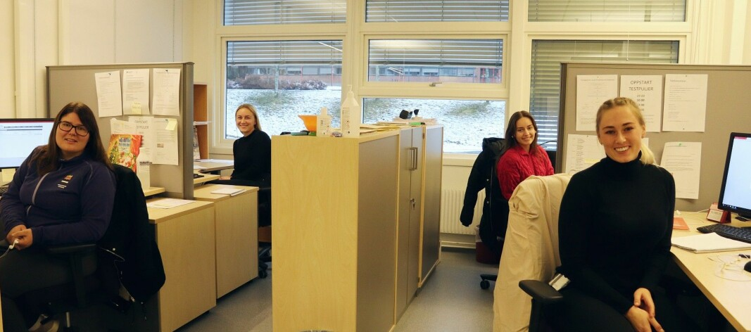 Fra venstre: Charlotte Hansson, Pernille Velta, bak til høyre er Anna Kolsgaard og Ida Amundsen foran.