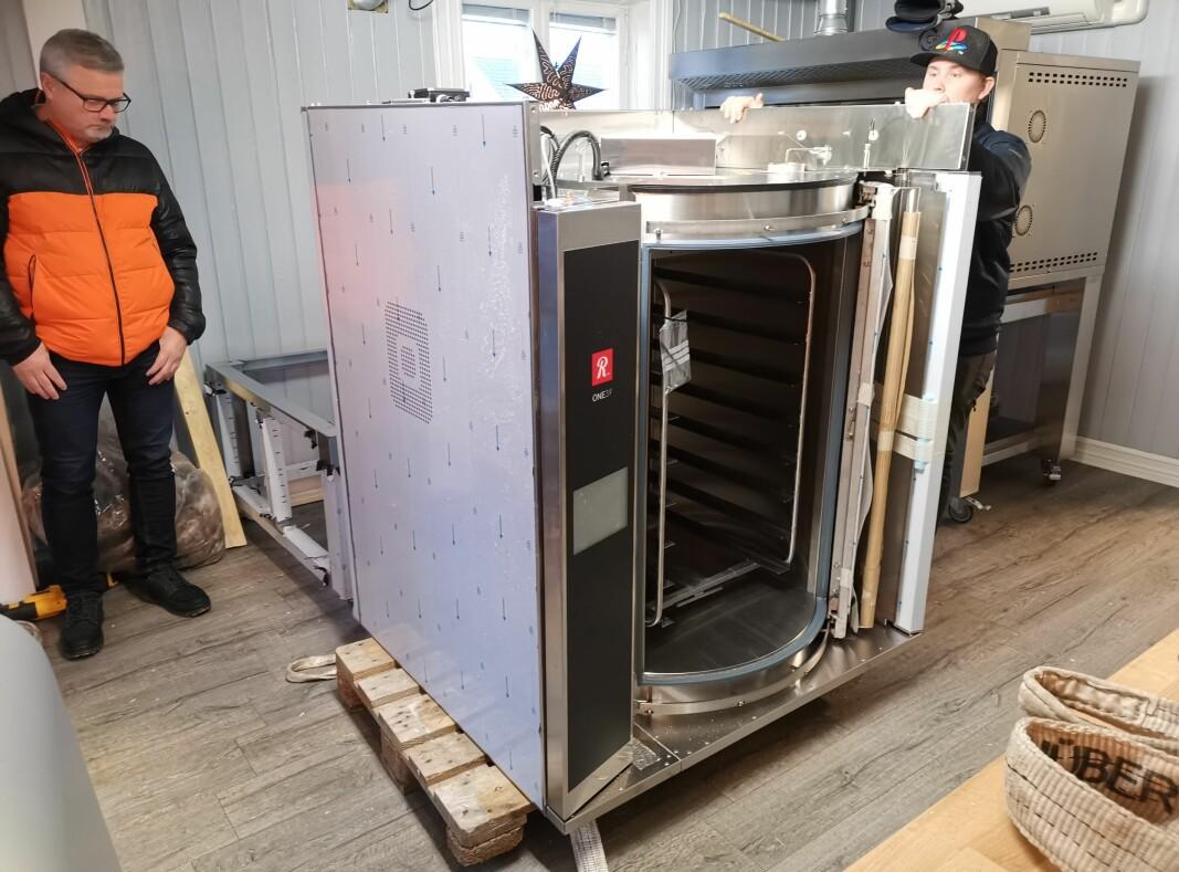 Slik ser den ut - ovnen som skal gi helt andre hverdager i Bakeriet i Øvrebyen og for alle de sultne kundene.