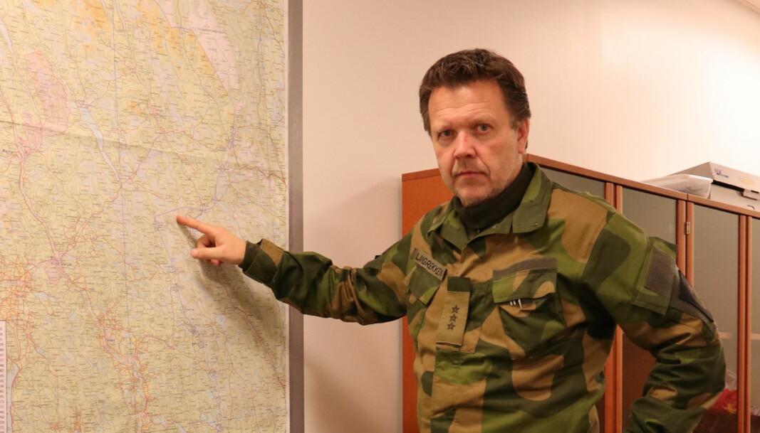 Områdesjef i Vinger HV-område, Inge Langrekken og hans mannskaper har en lang grense som skal kontrolleres.
