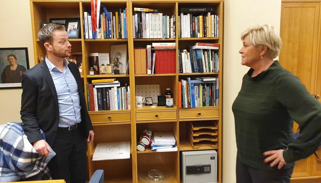 Det var Frp-dronningen Siv Jensen som ringte Lars Joakim og tilbød han jobben som statssekretær på Statsministerens kontor.