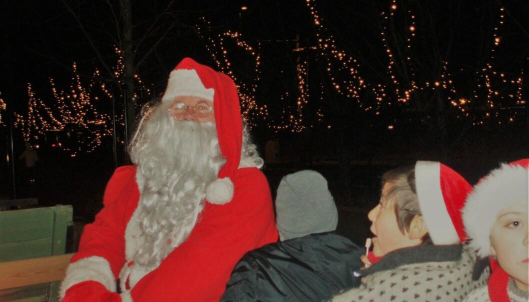 Siden 1986 har Lars Thyholdt med et par unntak vært Kongsvingers egen nissefar under julegateåpninga.