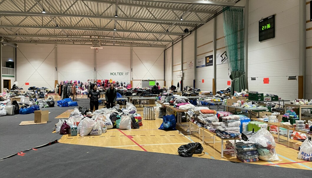 Alt av klær og utstyr til de skredrammede i Gjerdrum samles sammen på Holterhallen i Nannestad