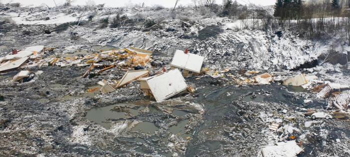 Flyfoto av ruinene etter skredkatastrofen.