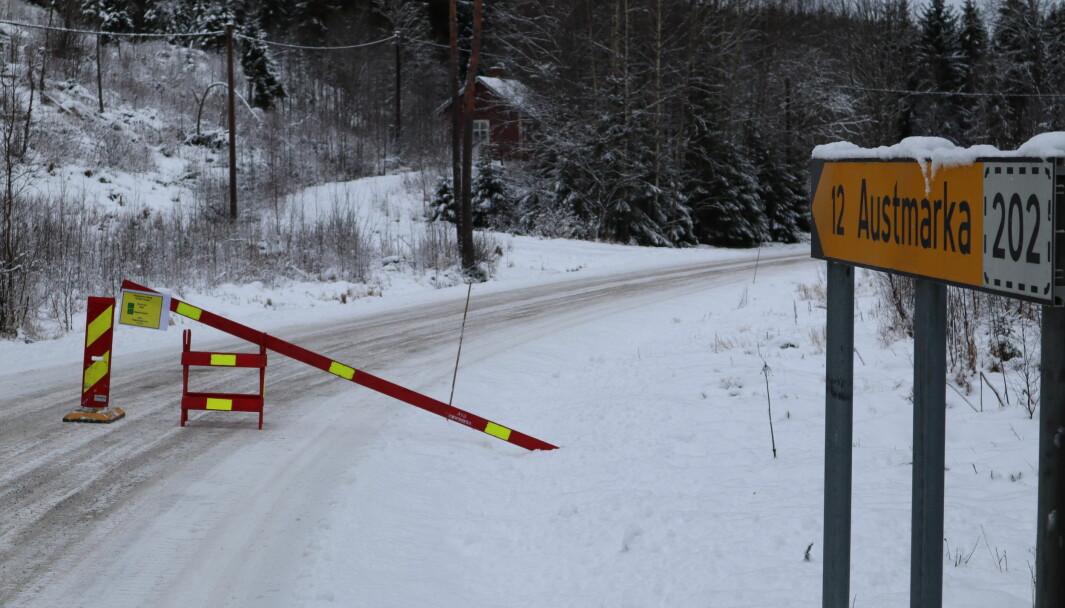 Krysser du denne grensen på vei inn i Norge, kan du få 10.000 kroner i bot.