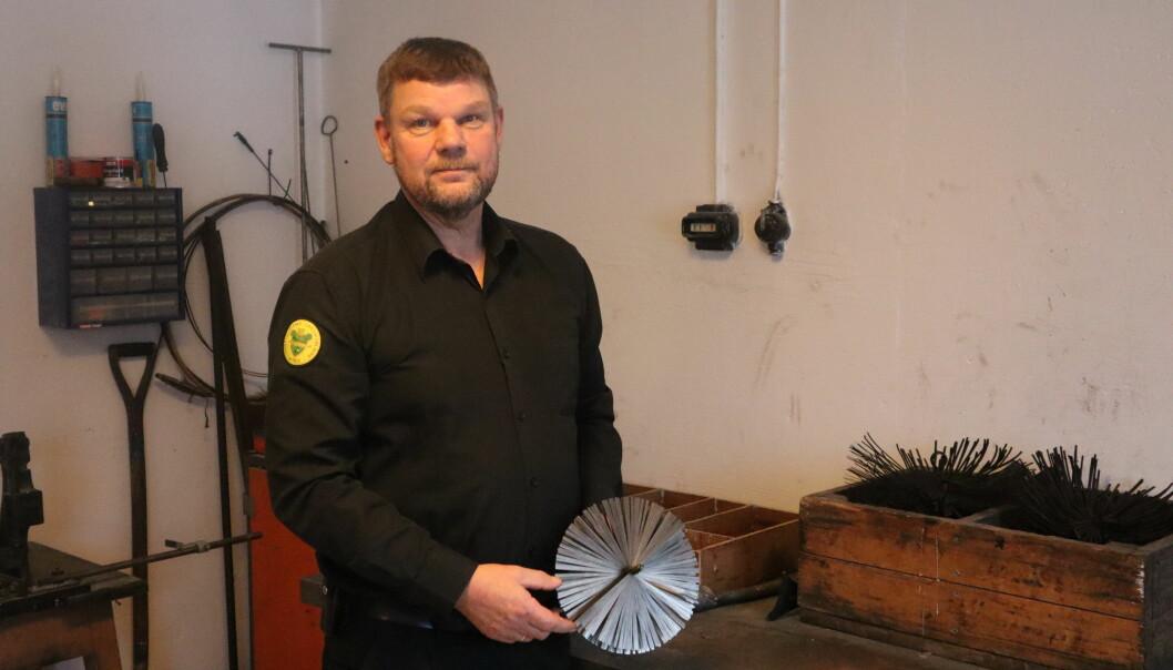 Feiermester i Glåmdal brannvesen IKS, Per Even Larsen, inspiserer mellom 8 og 15 ganger årlig piper det har vært brann i.