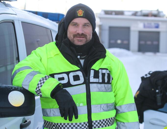 Håkon Beck i UP maner bilister til å la mobilen ligge i ro under kjøring.