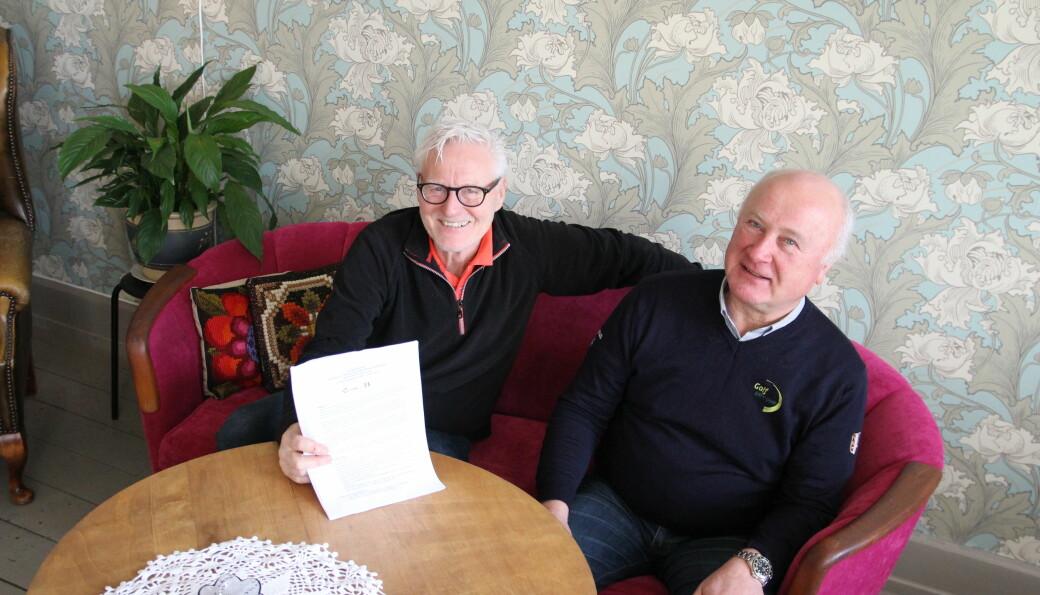 Med prosjektet «Et slag av gangen» i hånd, vil Kongsvingers Golfklubb avdeling Golf Grønn Glede etablere et nytt miljø på Liermoen. Svein Einarsbøl (t.v.) og Claus Mæland ønsker i den forbindelse å komme i kontakt med personer og organisasjoner som har bakgrunn med rus og psykisk sykdom.