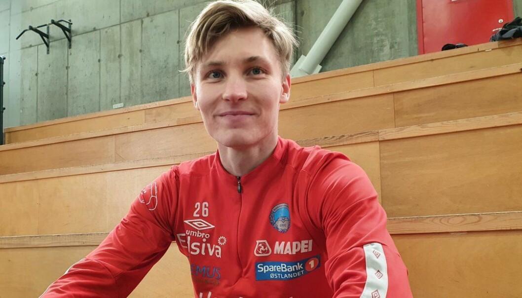 Oskar Wang har signert en ettårskontrakt med KIL.