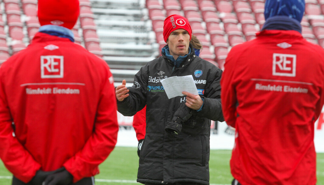 KIL-trener Eirik Mæland er spent, men gleder seg til å kjøre i gang med treningskamper. Lørdag er Kjelsås gjester i Kongsvingerhallen.