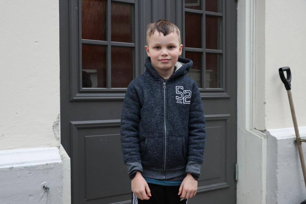Gutten som ble frastjålet telefon i Øvrebyen var Sander Mørch Vik. Det var en skummelt opplevelse, forteller han, men nå er det blitt ordning.