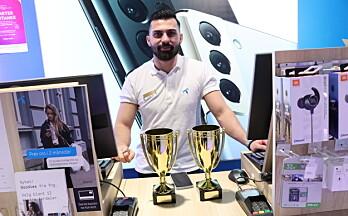 Gohlam (28) kåret til landets beste telefonselger