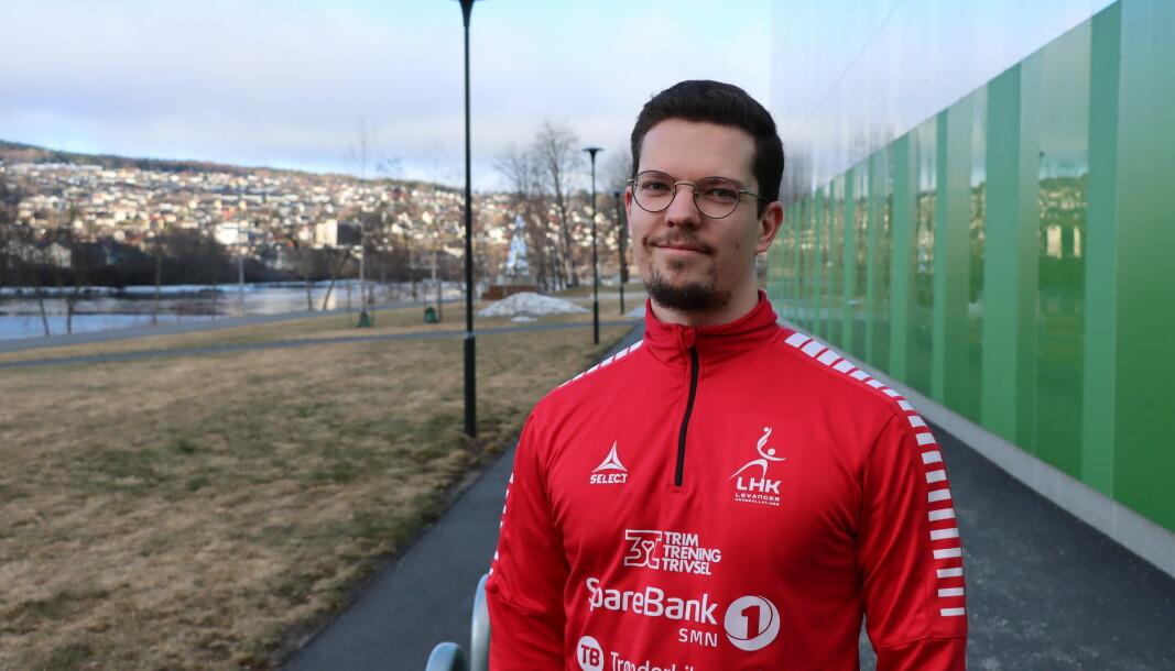 Alexei Shestakov har vokst opp på Kongsvinger, men flyttet til Trøndelag for studier og så trenerjobb. Nå er han blitt hovedtrener for Levanger i 1. divisjon.