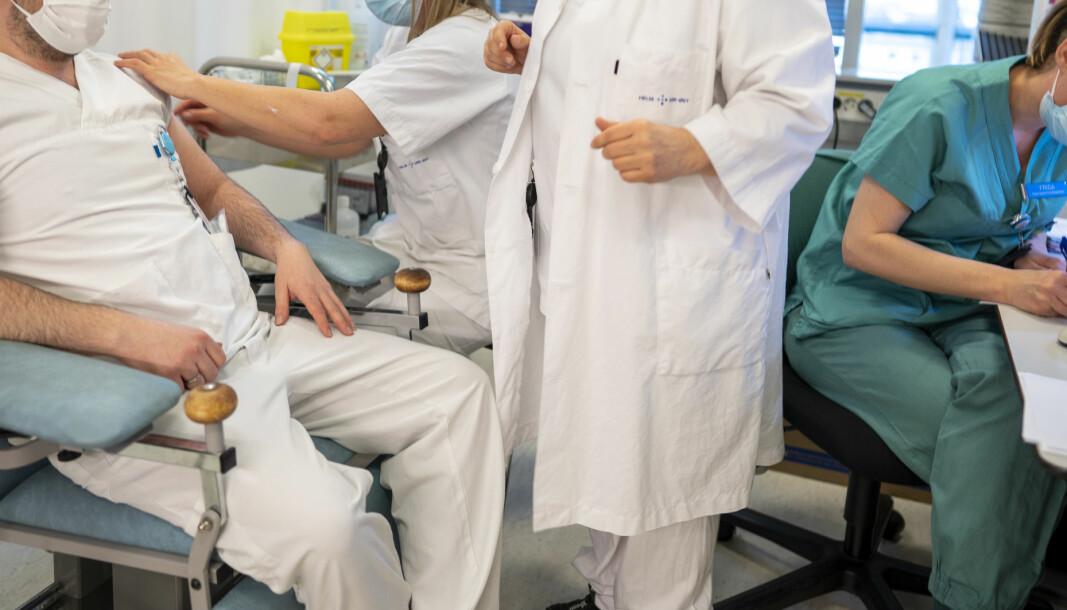 Norge har færre sykepleiere enn det trenger og arbeidsgiverne må nå konkurrere om søkerne. I Kongsvinger og mange andre kommuner er behovet så konstant at stillingen ligger utlyst til en hver tid.
