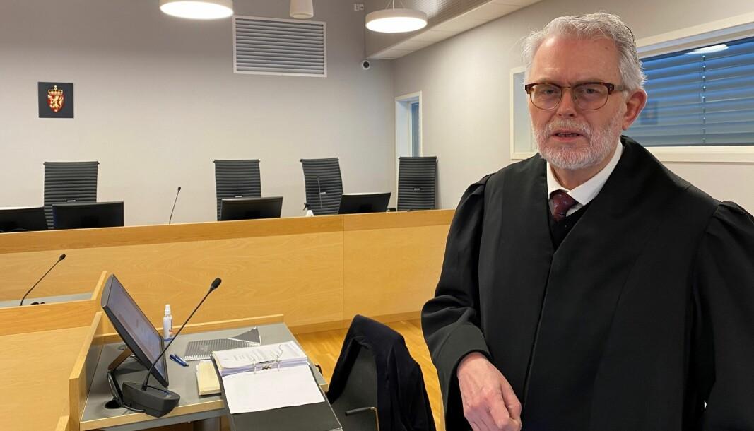 Advokat Ove Herman Frang forsvarer Kongsvinger-mannen som kan holdes i varetekt i ytterligere fire uker – siktet for mishandling av samboeren.