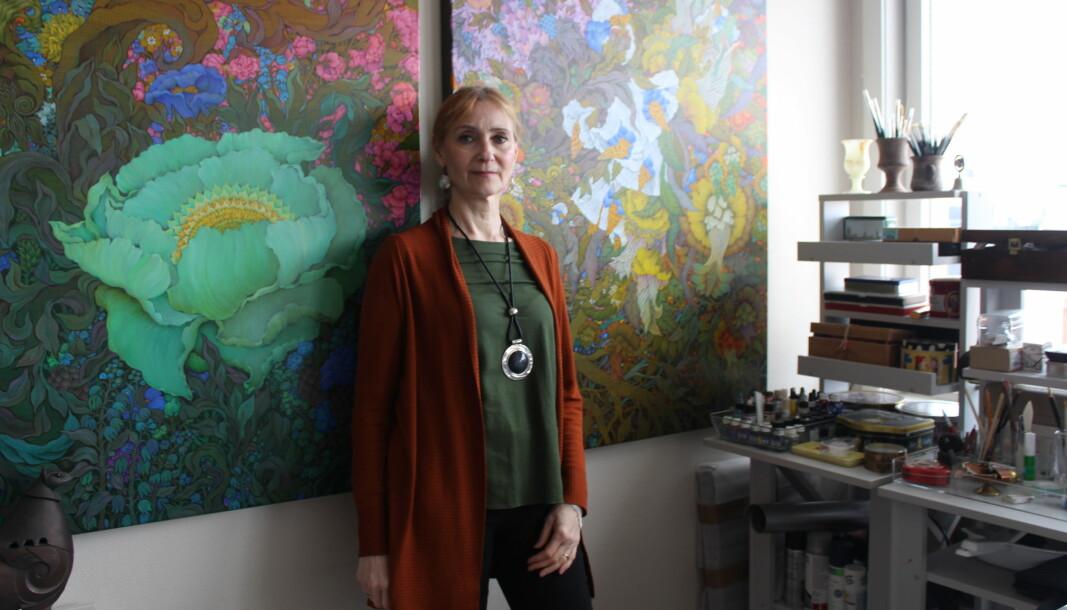 Elena Abessinova er kjent for sine detaljerte komposisjoner. Nå skal to av hennes malerier stilles ut på åpningen av det nye Nasjonalmuseet neste år.
