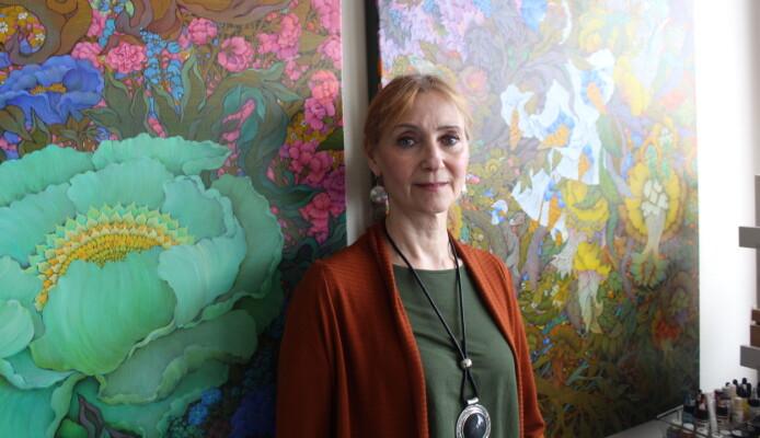 Stiller ut to malerier på Nasjonalmuseet – ett med lokal tilknytning