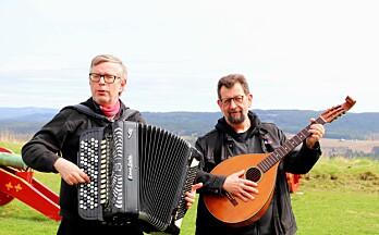 Slipper artister til allsang på festningen