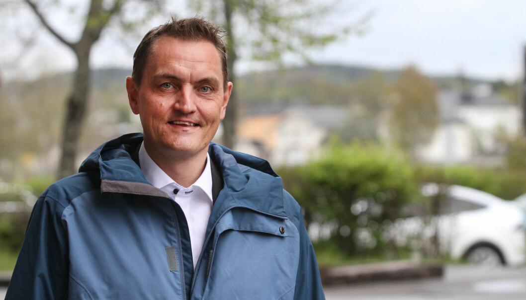 Henrik Mohn retter en solid bredside mot egen partiledelse i Mitt Kongsvingers portrettprogram på web-TV. Nå vurderer han å stille som uavhengig representant i kommunestyret i de to siste årene av perioden.