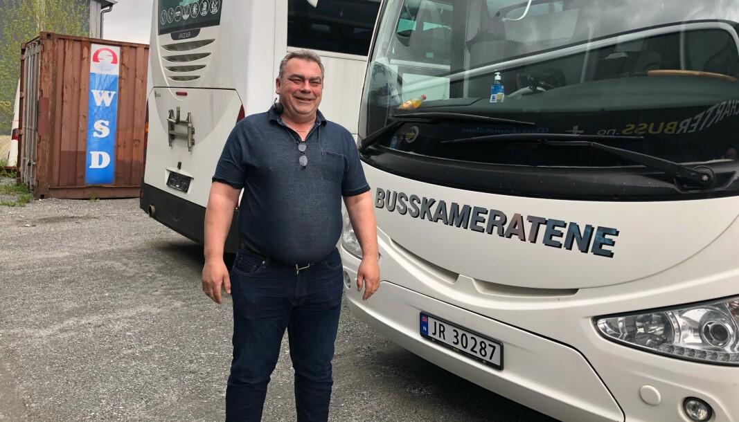 Erik Storeide kommer med gladnyheten om at det endelig blir ekspressbuss til Oslo og Gardermoen igjen.