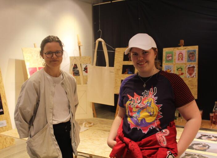 Åpner kunstutstilling i de tomme butikklokalene