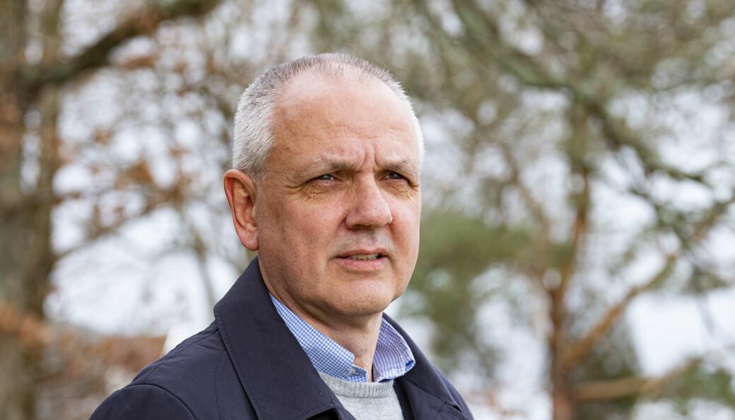 Overlege Preben Aavitsland i Folkehelseinstituttet gikk søndag ut med at pandemien er så å si over. FHI og statsministeren understreker at det ikke er tilfelle.
