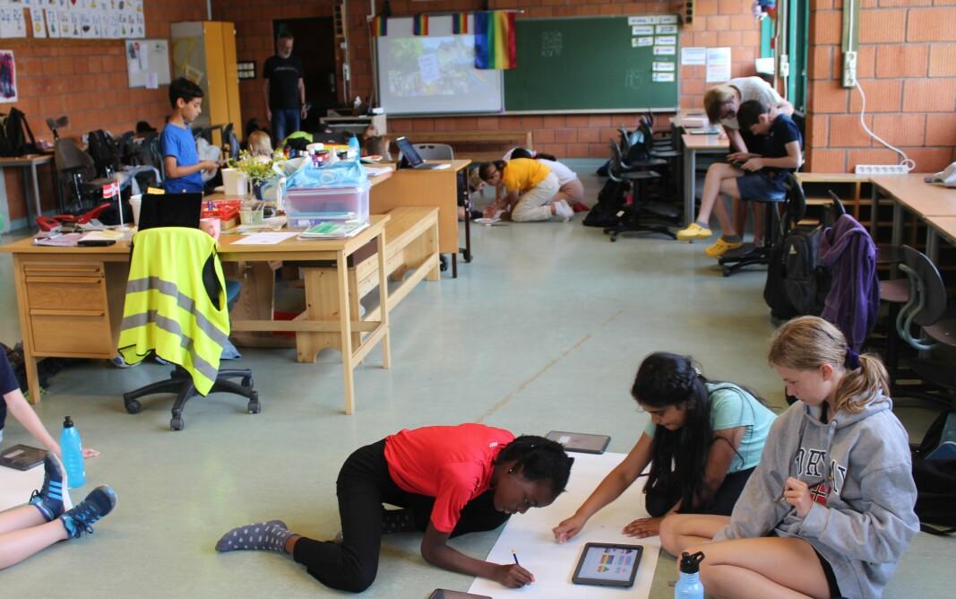 Elevene i 6. trinn på Vennersberg er godt i gang med forberedelsene til Pride.