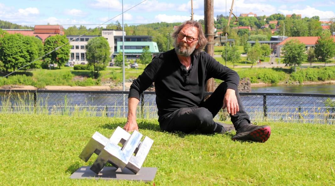 Kunstner Dag Skedsmo skal utsmykke Kongsvinger og stasjonssiden. Denne skulpturen blir over to meter høy og et ordentlig blikkfang.