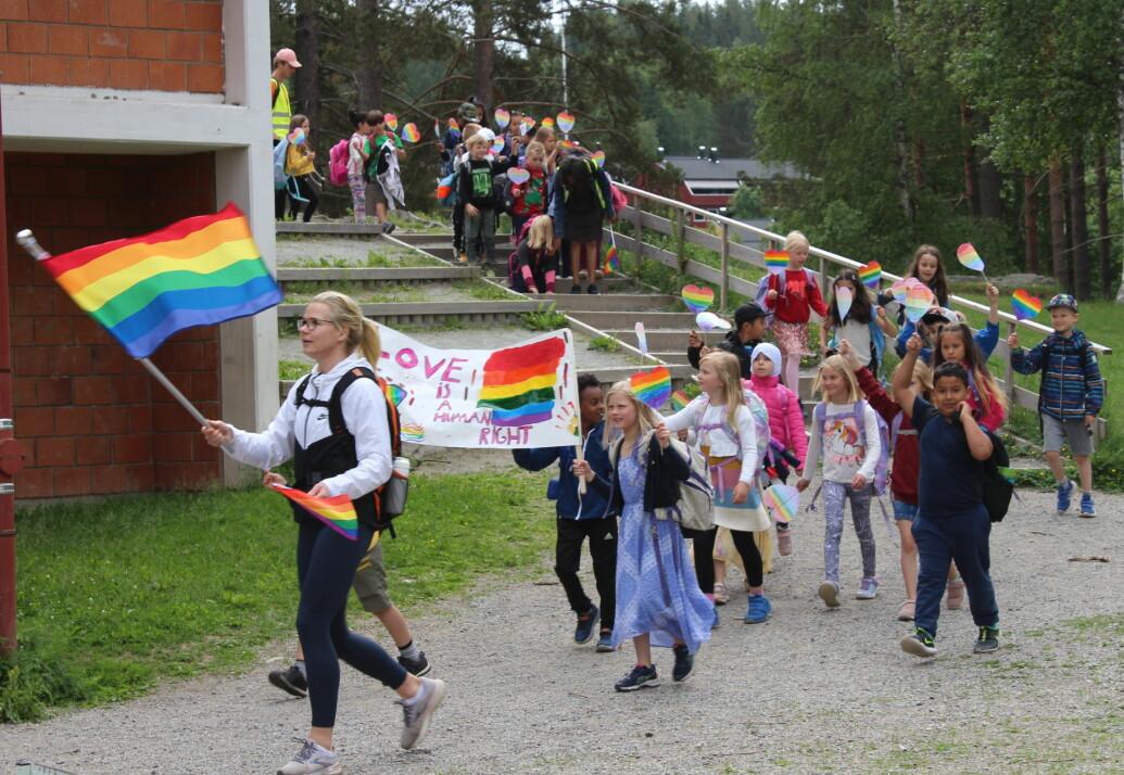 Elevene gikk i Kongsvingers første parade