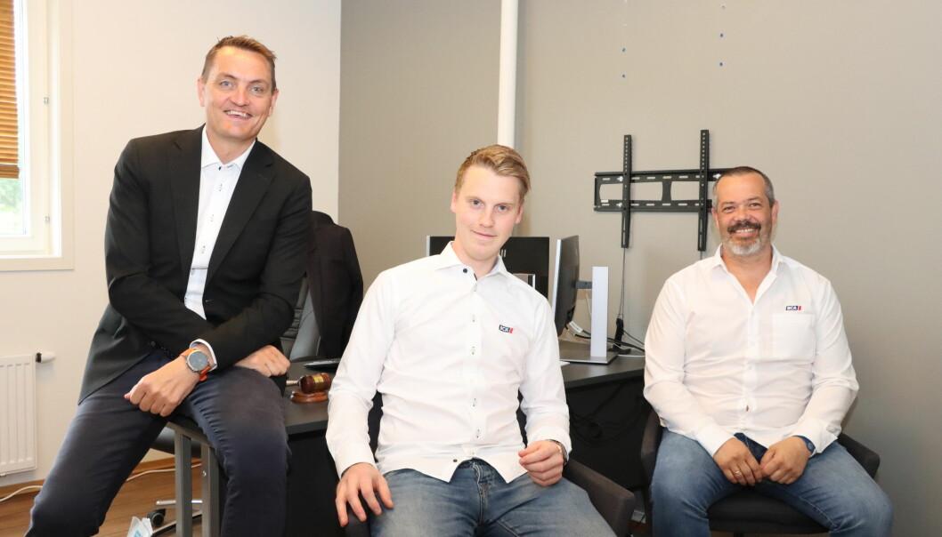 Henrik Mohn (t.v.), Magnus Anthi og Geir Ståle Kristiansen ser etter flere kollegaer. Henrik Mohn er fast bestemt på at man aldri må slutte å tenke stort.