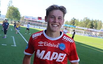 Jesper (18) fikk sin første scoring – og det på vakkert vis