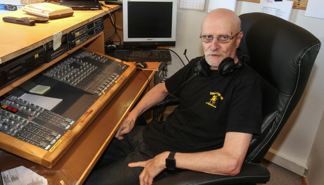 Gjermund Kaknes har en kjent og kjær stemme blant lyttere av Radio Sentrum, som i vår fylte 35 år.