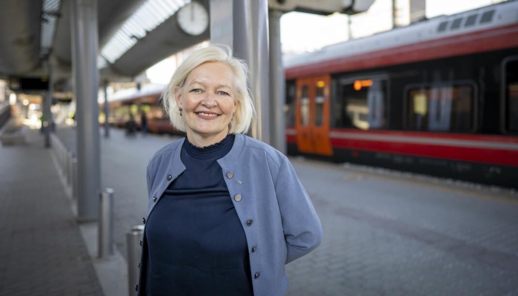 Gro Bakstad, konsernsjef i Vy, forteller at den nye ordningen gjør det mer fleksibelt og billigere for de som togpendler fra Kongsvinger til Oslo av og til.