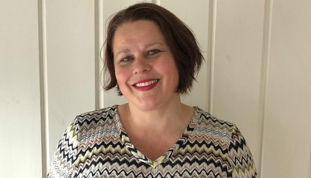 Elisabeth Njøsen er oppvokst i Kongsvinger, men driver i dag eget advokatfirma i Hallingdal. Nå gir hun ut bok for første gang.