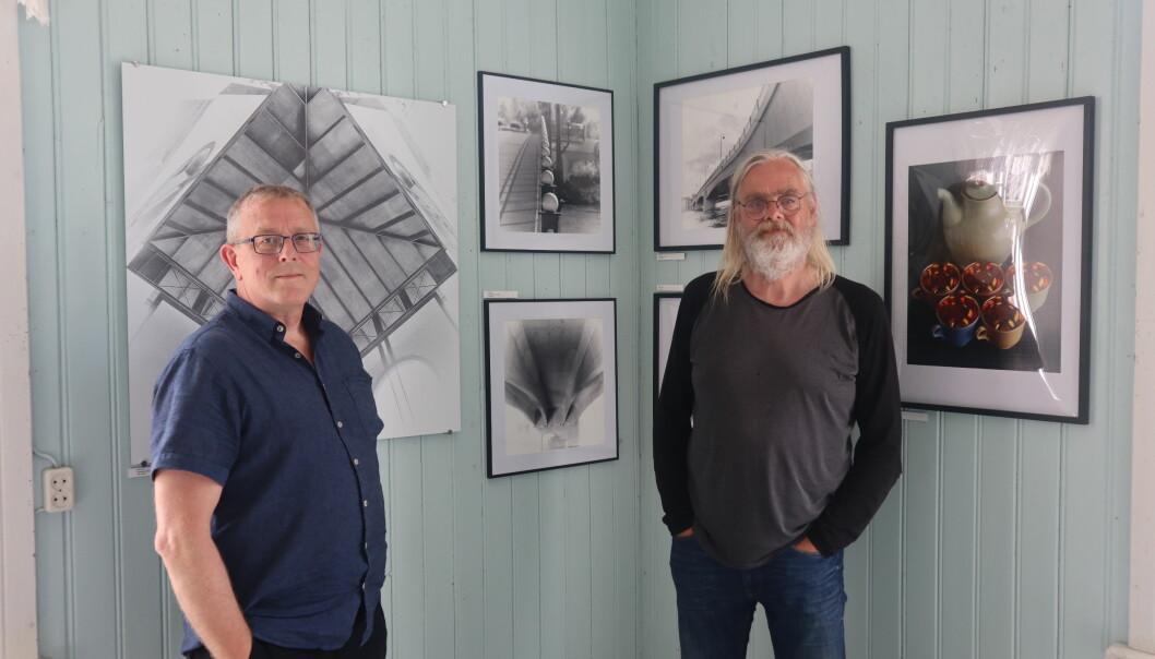 Fotografene Asle Rånå og Lasse Svenson stiller ut noen av sine bilder på Varaldskog skole førstkommende helg og neste helg.