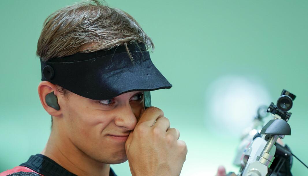 Henrik Larsen mistet OL-finalen med åtter på de to siste skuddene.