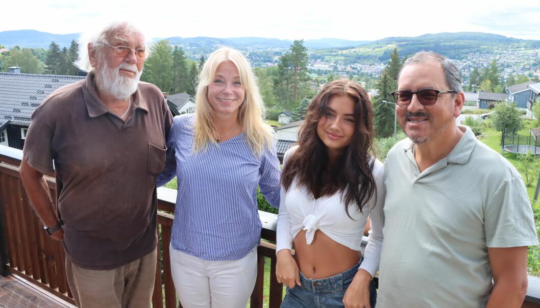 Bestefar Magne Bukåsen, mamma Linda Pérez Bukåsen, datter Alba Pérez Bukåsen og pappa Alejandro Pérez Torres har alle bodd i Oslo tidligere, men alle har på et tidspunkt endt opp i Kongsvinger igjen.