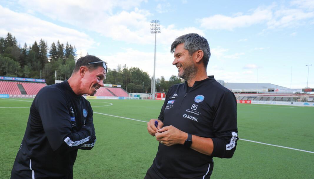 Trym Bergman (t.h.) har med seg rutinerte trenere på damelaget - blant andre Pål Håpnes (t.v.) og Åge Steen.