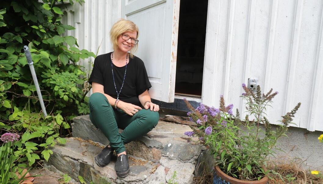 Bak denne døren vil Ingunn Kristiansen åpne yogastudio i løpet av høsten. – Yoga er for absolutt alle, sier hun.