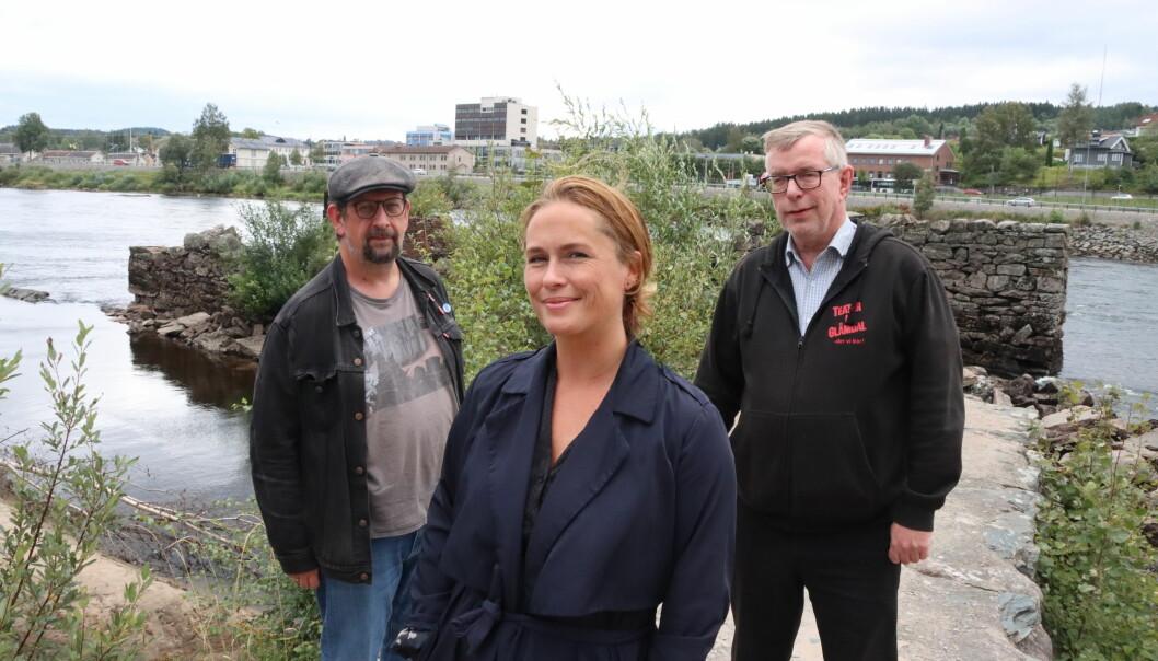 Lars Ovlien (t.v.) og Øivind Roos har Benedikte Jansen som gjest i denne episoden av Kulturstreif.