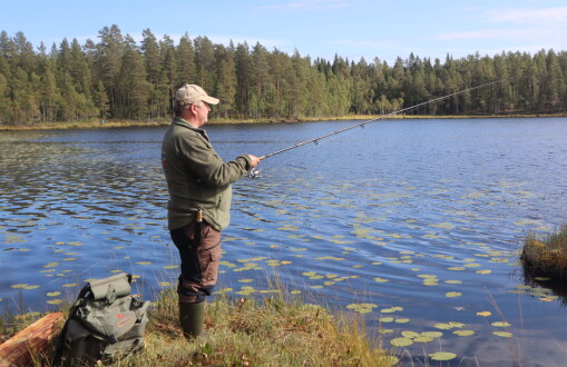 Dårlig fiskebett på Øyermoen – se hva som kom opp av vannet