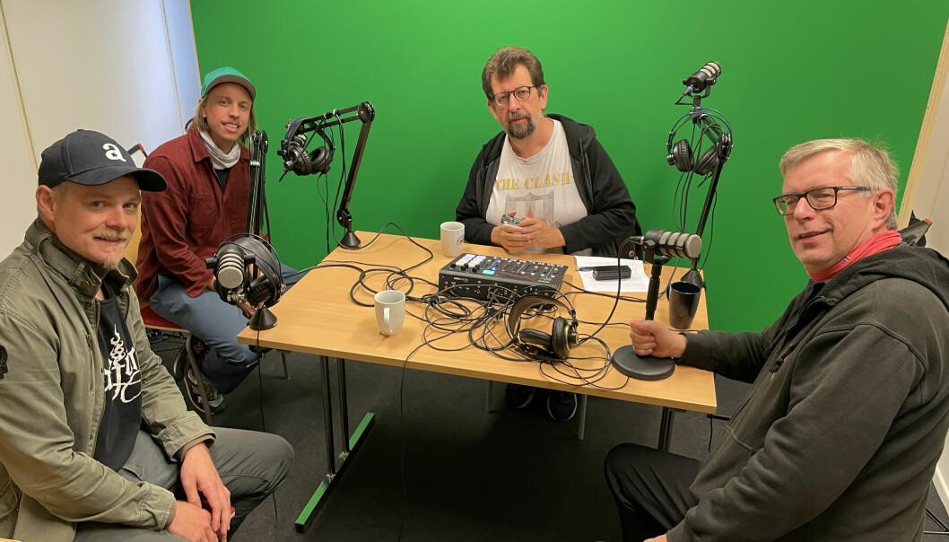Per Lunder (t.v.), Harald Engan, Lars Ovlien og Øivind Roos er innom litt av hvert i dagens podkast.