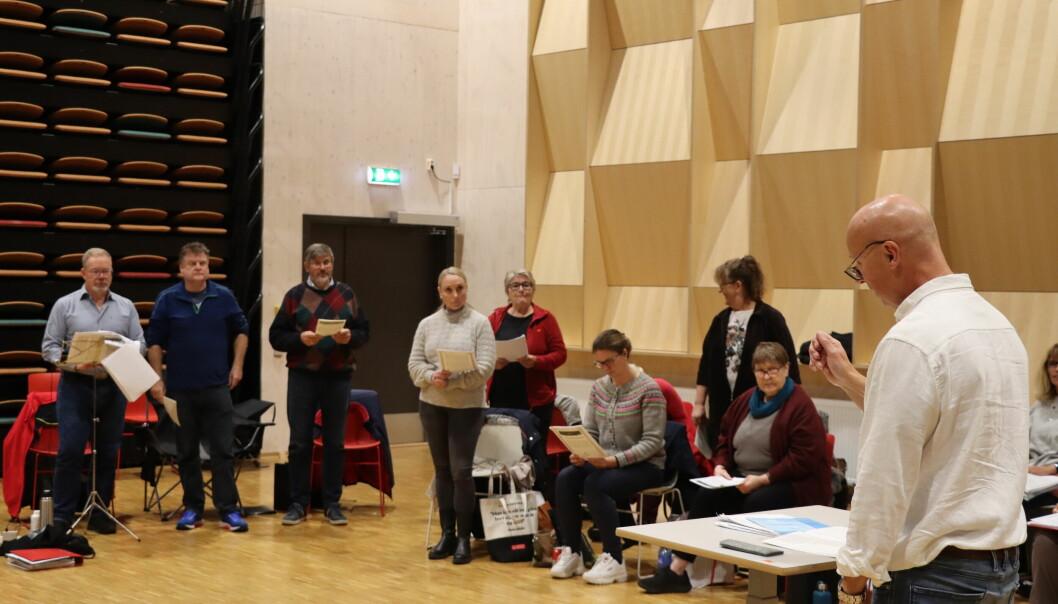 Kongsvinger Blandakor stiller med 18 nye medlemmer i Rådhus-Teateret på slutten av denne måneden.