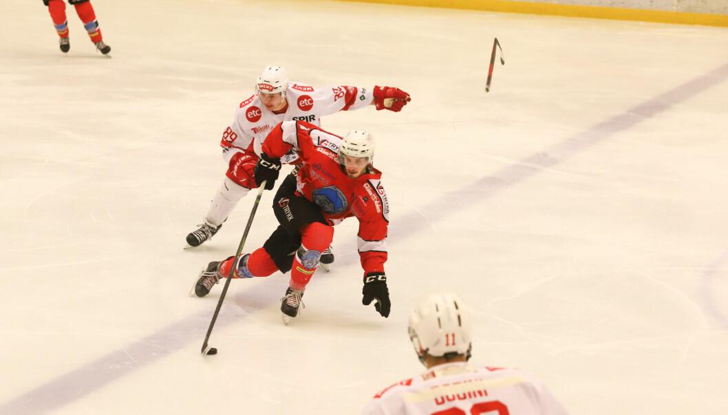 Tom Ivar Hesbråten var involvert i samtlige Kongsvinger-scoringer da det ble 3-7-tap mot Tønsberg i premieren.